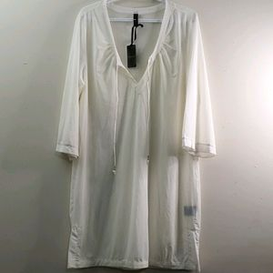 New With Tag Eivissa Off White Cover up Size XL